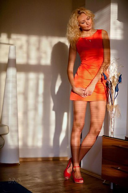 hanunik-rombalskaya-irina-eroticheskie-foto